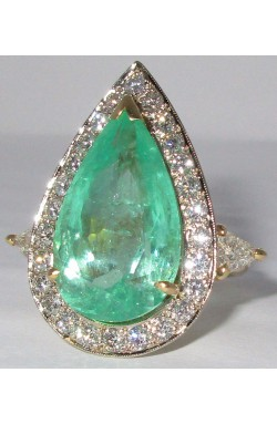 CERTIFIED 15.6 TCW CLEAN NATURAL COLOMBIAN EMERALD AND DIAMOND 18K GOLD COCKTAIL RING!