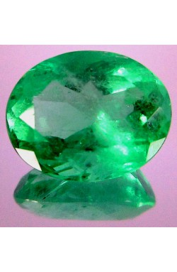 5.68 CTS OVAL SHAPE FULL OF GREEN FIRE CLEAN NATURAL COLOMBIAN COUSCEZ MINE EMERALD!
