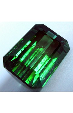 10.76 CTS EMERALD SHAPE UNHEATED UNTREATED NATURAL GREEN TOURMALINE!