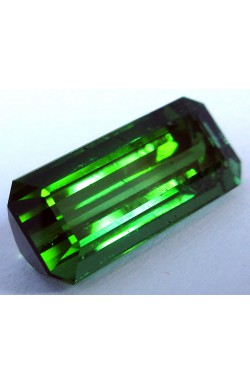 7.81 CTS EMERALD SHAPE UNHEATED UNTREATED NATURAL GREEN TOURMALINE!